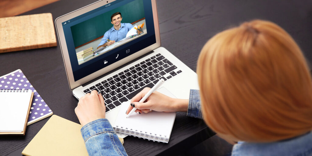 Benefits of hiring an online tutor for your studies