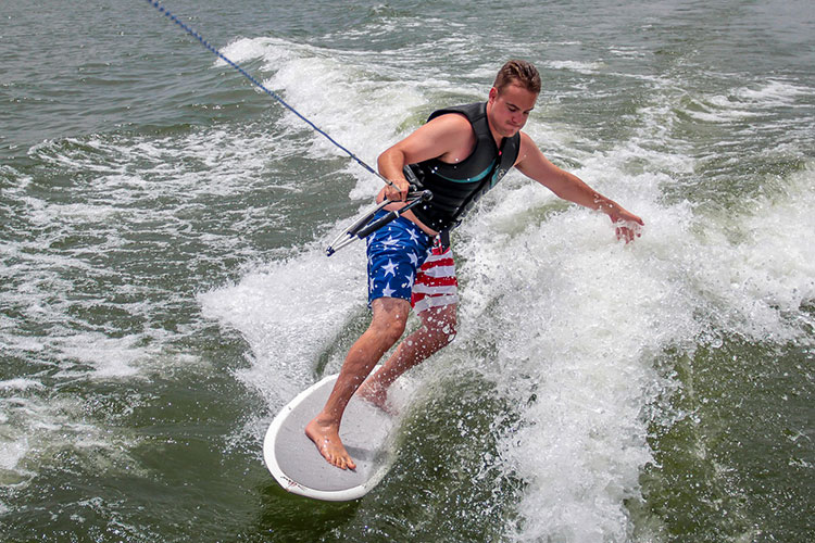 What is wake surfing and why you must try?